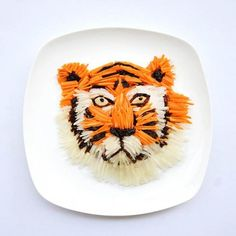 Amazing food art: Tiger time!