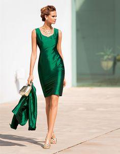Kleid aus Shantungseide in der Farbe smaragd - grün - im Madeleine Mode Onlineshop