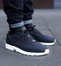 timeless design f58e9 9d382 Chollo en Amazon zapatillas deportivas Adidas ZX Flux en negro por sólo  32,95 euros con envío gratis  Lifestyle  Pinterest  Adidas and Lifestyle