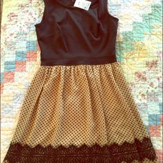 Adorable date night dress. Got at Ross! Never wore. Perfect condition. Key hole back. 4p Dresses Midi
