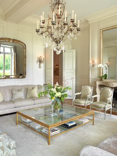 Best way to experience #Paris? Staying in a #luxury apartment never hurts.