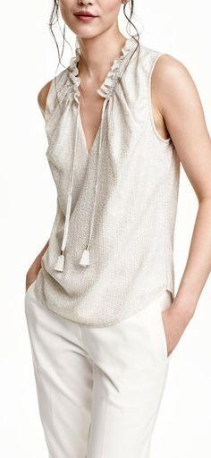 chiffon blouse                                                                                                                                                                                 Mais