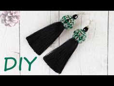 МК: Серьги кисточки из ниток своими руками. Шапочка для кисточек из бусин и бисера. TUTORIAL: Beautiful Tassel Earrings with Beaded cups.