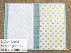 This is the easiest tutorial for a burp rag you could make! Only three steps, and they are the best DIY burp rags! Great for easy baby gifts, too. Diy Baby Gifts, Baby Crafts, Baby Shower Gifts, Baby Clothes Blanket, Easy Baby Blanket, Baby Blankets, Receiving Blankets, Baby Burp Rags, Baby Burp Cloths