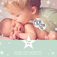 Hip geboortekaartje voor een broertje. Het kaartje heeft genoeg ruimte voor een eigen foto. http://www.carddreams.nl/nl/producten/kaart/114027