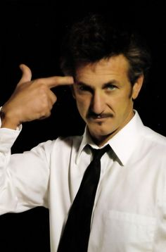 The late blooming of Sean Penn. Cover: Portrait by Gottfried Helnwein Sean Penn, Gottfried Helnwein, Cinema, Robin Wright, Stupid People, Charlize Theron, American Actors, Dumb And Dumber, Actors & Actresses