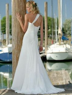 Best Selling White One Shoulder with Flowers Wrinkles Chiffon Sweep Train Wedding Gown for Brides
