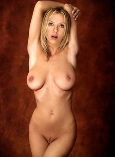 FREE Nude celebrity pictures! scarlett johansson new july 2015 leaked nude photo