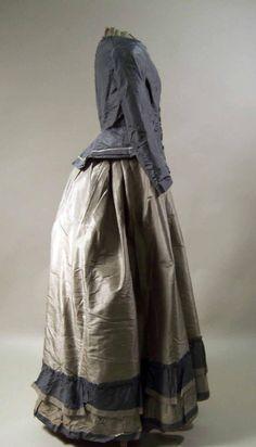 U.K. Quaker dress, 1873-77 // Manchester Art Gallery