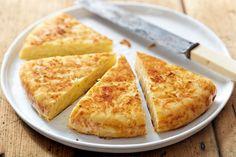 Tortilla au four - allsaus. Tortillas, Tortilla Au Four, Tortilla Recipe, Vegetarian Tapas, Pizza Lover, Balsamic Glazed Chicken, Salsa Picante, Omelette Recipe, Weight Loss Meal Plan