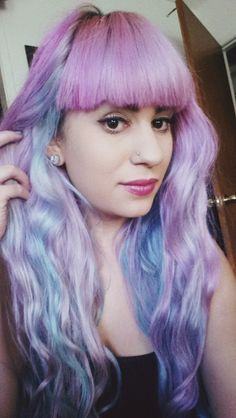 pastel cotton candy hair