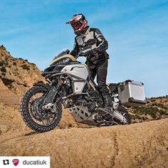 The Multistrada 1200 Enduro goes even more globetrotter with the new Pro version. The trailblazing spirit of the most venturesome Multistrada now reaches new heights thanks to this latest version designed for riders eager to get off-road and get exploring.   #Ducati #Multistrada #1200EnduroPro #EnduroPro http://ift.tt/2snCVgk