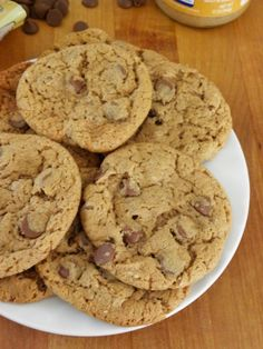 Flourless Chocolate Chip Almond Butter Cookies | cinnamon freud