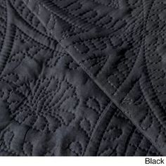 Red Barrel Studio This quilt set will add a charming touch to any bedroom decor. Elegant Comforter Sets, Black Comforter, Black Twins, Twin Quilt, Queen Quilt, Black Quilt, Quilt Sets, Decoration, Duvet Cover Sets