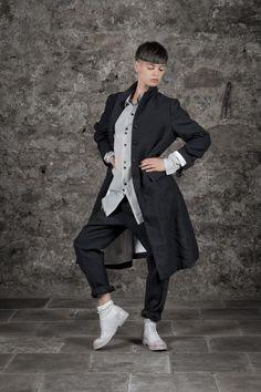 Daily Avant-Garde: Coat and pants by Bergfabel, shirt by Aleksandr Manamis, leather boots by Marsèll #eigensinnig #dailyavantgarde #avantgarde #fashion #bergfabel #aleksandrmanamis #marsell #editorial #photography #magazin #avantgarde #fashion #boutique #conceptstore #store #vienna #coat #women #leatherboots