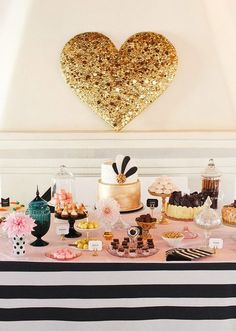 Large Glitter Ballon over Dessert Table