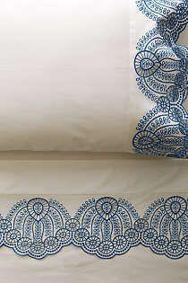Anthropologie - Eyelet Embroidered Sheet Set