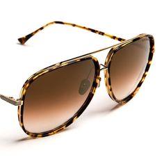 Stay effortlessly cool this weekend in the perfect summer sunnies. @blackoptical #DITAeyewear