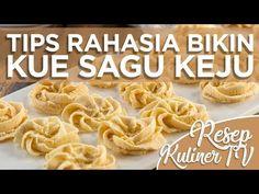 RESEP RAHASIA KUE SAGU KEJU - YouTube Peanut Cookies, Nutella Cookies, Cake Cookies, Cokies Recipes, Snack Recipes, Snacks, Indonesian Desserts, Asian Desserts, Resep Cake