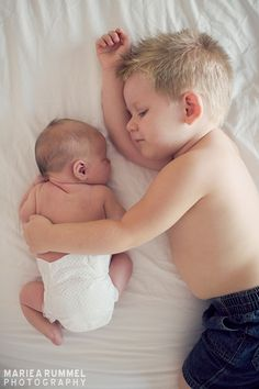 newborn pose | Mariea Rummel Photography