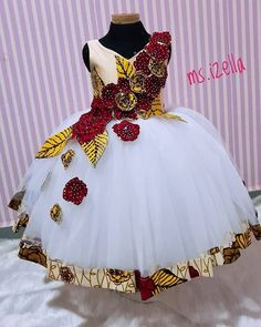 Trendy Asoebi Styles is part of African fashion dresses - Another Saturday to attend weddings Assuming you aren't attending any wedding this Saturday like myself, gather around let's look through these asoebi styles and prepare for when it's our turn … Baby African Clothes, African Dresses For Kids, Latest African Fashion Dresses, Ankara Dress Styles, African Dresses For Women, African Print Dresses, Dresses Kids Girl, African Print Fashion, African Attire