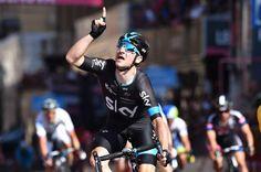 Giro d'Italia 2015 Viviani wins sprint in Genoa  (Tim de Waele/TDWSport.com)