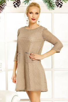 Casual Clothes, Casual Outfits, Cold Shoulder Dress, Model, Sweaters, Dresses, Fashion, Vestidos, Moda