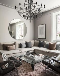 A living room where the bohemian & minimal style meets @dreamdesign.sthlm Living Room Interior, Living Room Modern, Home Living Room, Living Room Designs, Living Room Decor, Living Room Sofa, Minimal Style, Minimal Fashion, Pretty Room