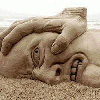 O que destrói o ser humano?  A natureza fez o homem feliz e bom, mas a sociedade deprava-o e torna-o miserável...