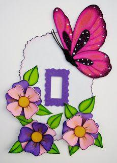 adornos para los apagadores en foami - Buscar con Google Foam Crafts, Easy Crafts, Diy And Crafts, Crafts For Kids, Arts And Crafts, Art Drawings For Kids, Art For Kids, Birthday Centerpieces, Butterfly Crafts