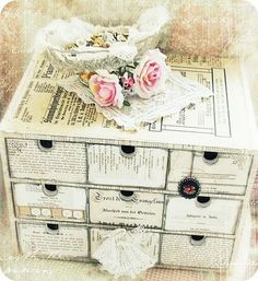 These DIY shabby chic decoration ideas are exactly what you need if you want to beautify your home without overspending. Here are the best designs. 12 Easy Shabby Chic Bedroom Plans To Try For Your Apartment Cocina Shabby Chic, Shabby Chic Mode, Casas Shabby Chic, Style Shabby Chic, Shabby Chic Stil, Shabby Chic Bedrooms, Shabby Chic Kitchen, Shabby Chic Furniture, Shabby Chic Crafts