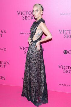 Lady Gaga - Red Carpet, Victoria's Secret Fashion Show 2016