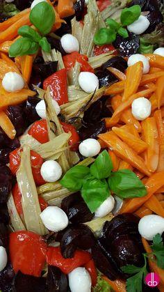 """vegetarischer Röstgemüse-Salat mit """"Schneebällen"""""""