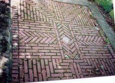 Reclaimed Brick Tile Patterns - from Ordinary to Extraordinary Amazing Exterior Brick Tile Patterns Brick Walkway, Brick Path, Brick Garden, Brick Courtyard, Garden Paths, Backyard Patio Designs, Diy Patio, Patio Ideas, Backyard Pavers