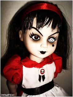 Living Dead Dolls - Alice in Wonderland - Sadie as Alice