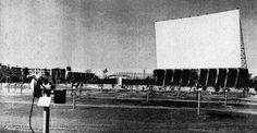 Moto cine/auto cine Barajas,fin años 50.P&B.