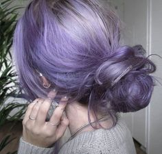 Smokey lavender messy bun by Alien Creature