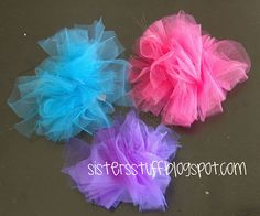 tulle hair bows...  This will look so cute on Katelyn..
