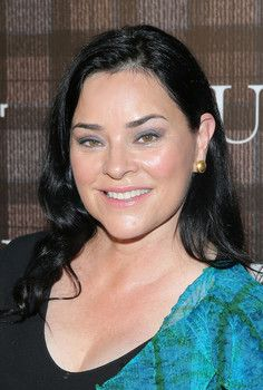 Fans rejoice, 'Outlander' author Diana Gabaldon signs on for ninth book