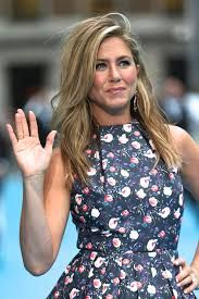 Afbeeldingsresultaat Voor Jim Carrey And Jennifer Aniston Movie Jennifer Aniston Height Jennifer Aniston Jennifer Aniston Pictures