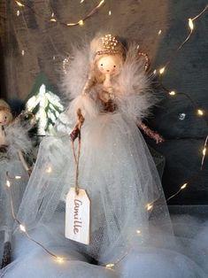 Christmas Tree Fairy, Christmas Angels, Christmas Tree Ornaments, Christmas Crafts, Fairy Crafts, Doll Crafts, Diy Angel Dolls, Felt Fairy, Clothespin Dolls