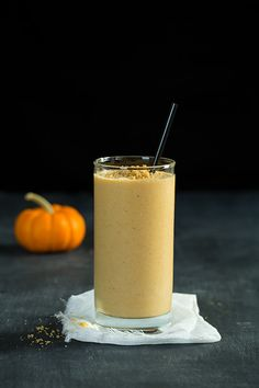 Pumpkin Cheesecake Breakfast Smoothie