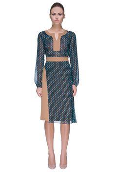 'Western Tart' Elegant Knee Length Split Neckline Dress