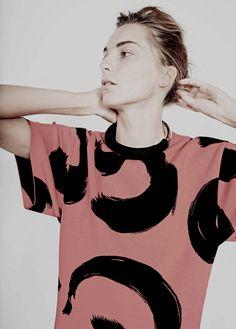 Daria for Celine Spring 2014 campaign shot by Juergen Teller Juergen Teller, Celine, Look Fashion, Womens Fashion, Fashion Design, Daily Fashion, Daria Werbowy, Fru Fru, Look Cool