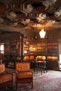 Hearst Castle - Library via Flickr I wish I had a library like this...