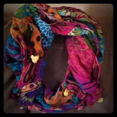 Anthropologie fringed scarf Anthropologie fringed scarf worn once! Mint condition! Beautiful scarf! Light with bold flare! Anthropologie Accessories Scarves & Wraps
