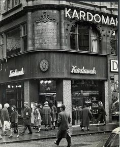 City Kardomah Cafe New Street Birmingham. Hope Mills, City Of Birmingham, East End London, Salford, Old Buildings, Time Travel, Manchester, Nostalgia, 1