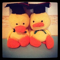 These little cuties went to the Kindergarten, they were graduation gift for the class Ducklings :)