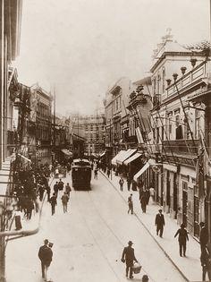 1905 - Rua 15 de Novembro. Ao fundo a praça Antonio Prado, início da avenida São João.