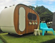 10 Cool Ideas for Backyard Retreats and Playhouses
